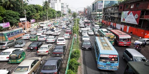 মানববন্ধন: যানজটে অচল রাজধানী