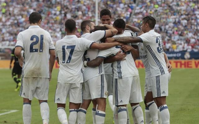 Marcelo-celebrates