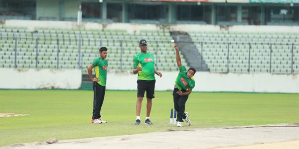 Bangladesh Cricket bowling