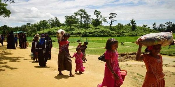 বাংলাদেশে আশ্রয় নিয়েছে ৩ লাখ ৭০ হাজার রোহিঙ্গা