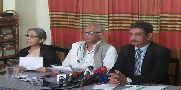 মারধর করে স্বীকারোক্তি নেয়া হয়েছে: ফরহাদ মজহার
