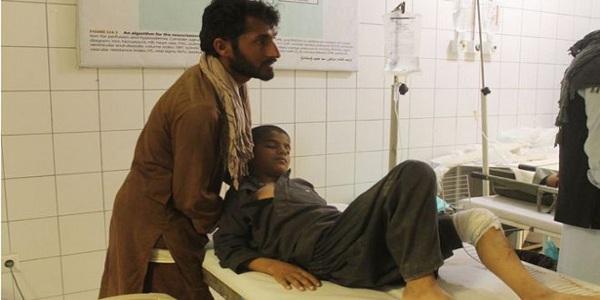 আফগানিস্তানে মাদ্রাসায় বিমান হামলায় নিহত ৭০