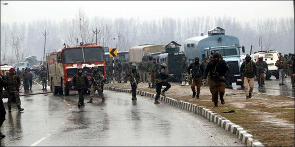 কাশ্মীরে বন্দুকযুদ্ধে মেজরসহ ৫ ভারতীয় সেনা নিহত