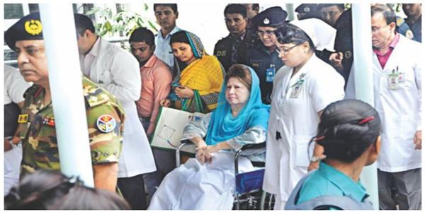খালেদা জিয়ার প্যারোলে মুক্তি 'রাজনৈতিক সিদ্ধান্ত'