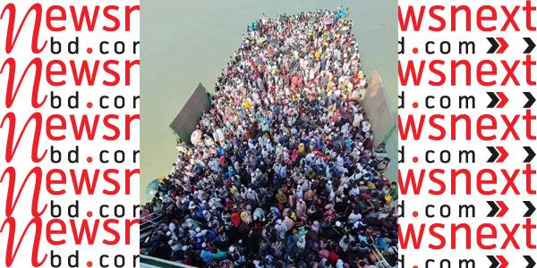 শিমুলিয়া-বাংলাবাজার নৌপথে যাত্রী ও গাড়ির প্রচণ্ড চাপ, উপেক্ষিত স্বাস্থ্যবিধি